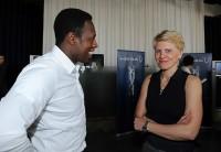 Pablo Thiam im Gespräch mit Doris Fitschen, Managerin der deutschen Frauennationalmannschaft.