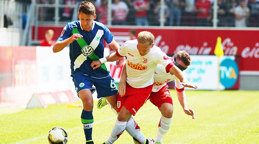 Die U23 des VfL Wolfsburg verpasst den Aufstieg in Liga 3 nur knapp.